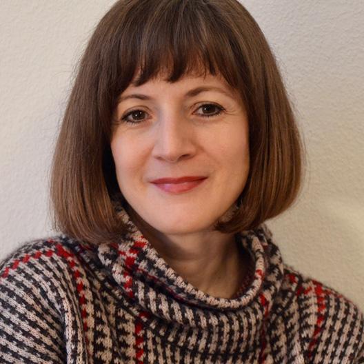 Biografie über Sir Peter Jonas – Interview mit Julia Glesner